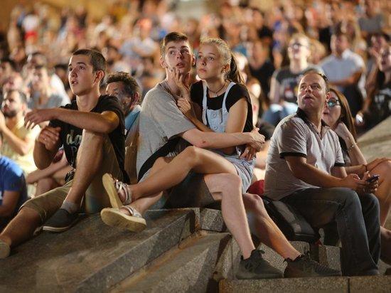 Волгоградские болельщики соревновались в громкости криков на фан-фесте
