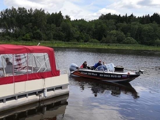 Ольгино Тверской области приглашает порыбачить и совершить прогулку по воде
