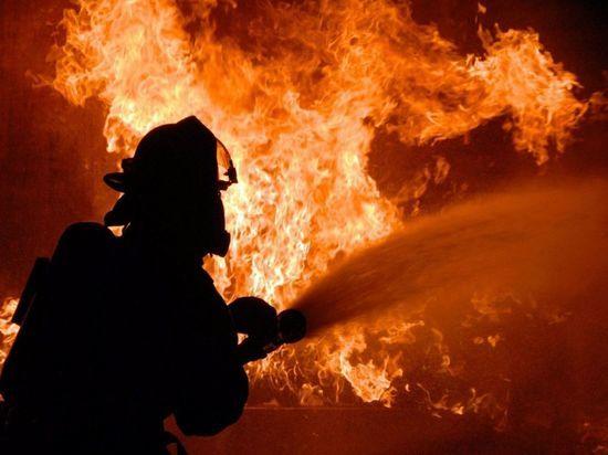 В Оренбурге горел еще один расселённый дом