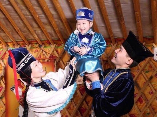 В Москве уроженцы Калмыкии собираются на  буддийский обряд для семейного благополучия