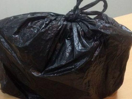 Осужденному в Калмыкии пытались передать подозрительный сверток