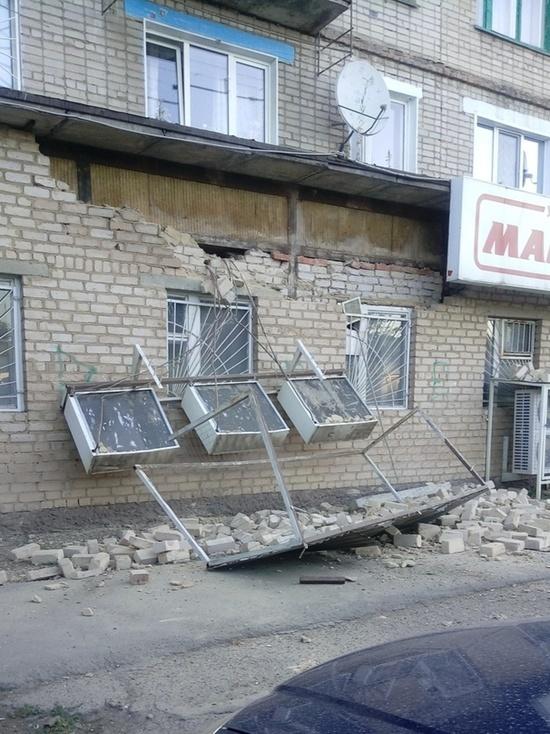 В Оренбурге на улице Минской обвалилась стена жилого дома