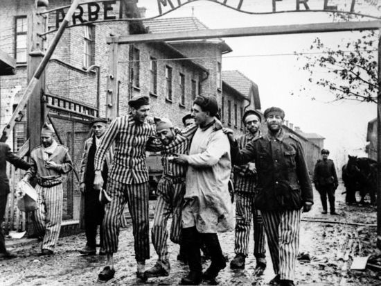 Польский закон о Холокосте: нельзя обвинять палачей