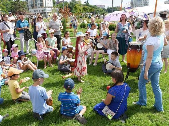 В Казани начинают работать дворовые лагеря