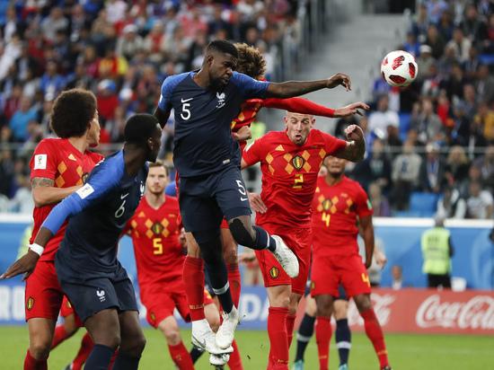 Подсчитано количество пустых мест на матче Франция - Бельгия