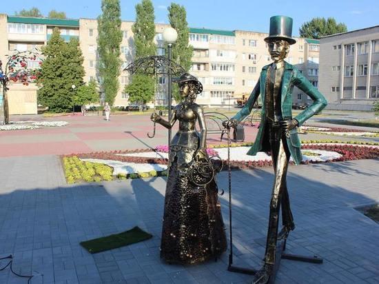 В уваровском сквере установили три новых арт-объекта