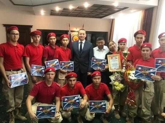 Юнармейцы из Элисты представят Калмыкию в Москве