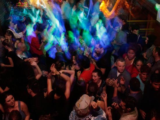 В Тверской области зажигательные кесовогорцы соберутся на дискотеке