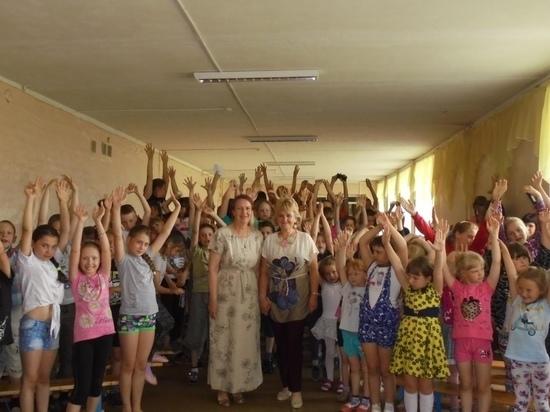 Детский лагерь в Андреаполе Тверской области посетили поэтессы