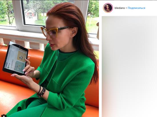 Эвелина прокомментировала отказ актера сфотографироваться с ее особенным сыном