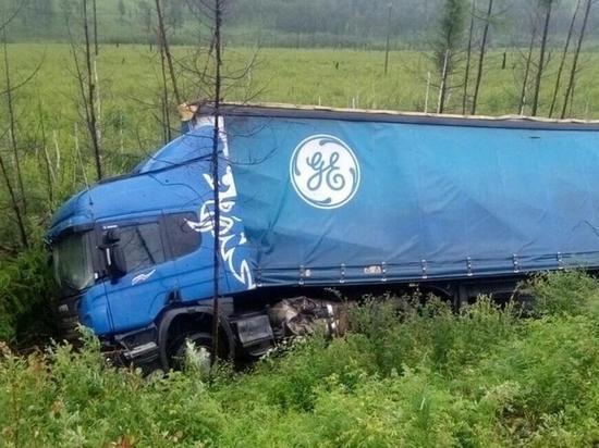 Новосибирский дальнобойщик после аварии неделю ждал помощи в Забайкалье