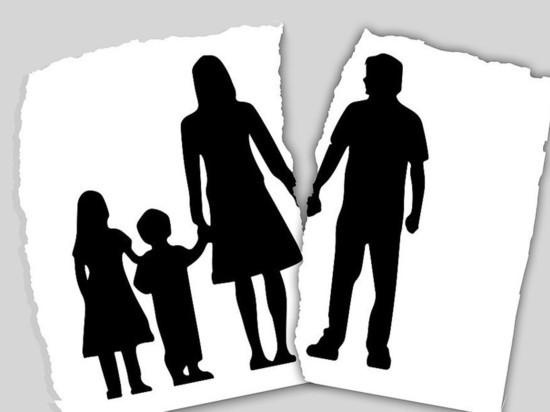 Татарстанцы задолжали своим детям около 3 млрд рублей алиментов