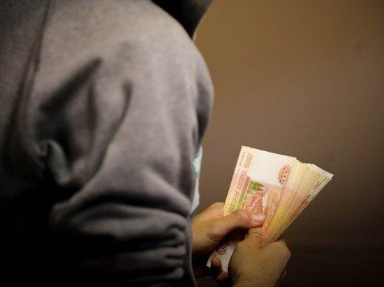 Хабаровчанина серьезно обманули во Владивостоке