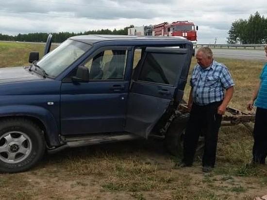 В Татарстане на трассе «Мерседес» разорвал пополам «УАЗ-Патриот», пострадали два человека