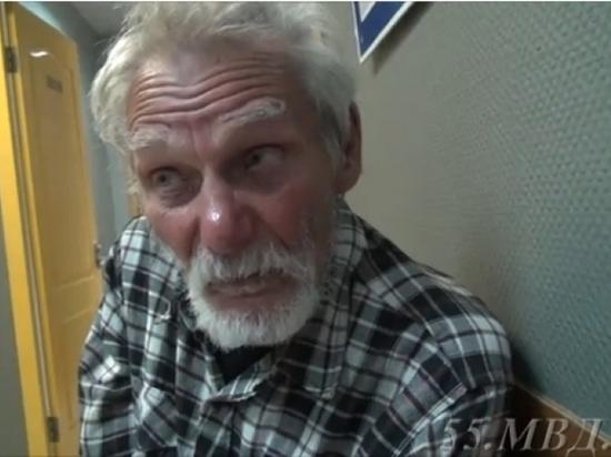 86-летний дедуля из Кемерово автостопом доехал до Омска