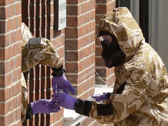 """Британская милиция  отыскала  «флакон от""""Новичка""""»"""
