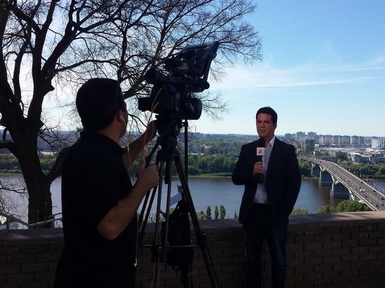 Корреспондент «МК в НН» отработал переводчиком с латиноамериканскими журналистами