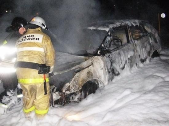 Ночью в Чебоксарах неизвестные сожгли Hyundai Creta