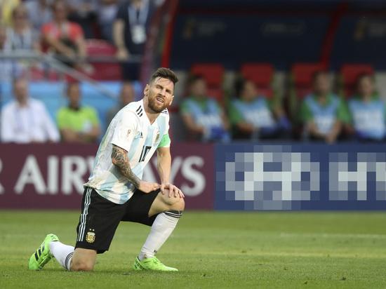 Стало известно, кому из игроков сборной Аргентины запрещал играть Месси