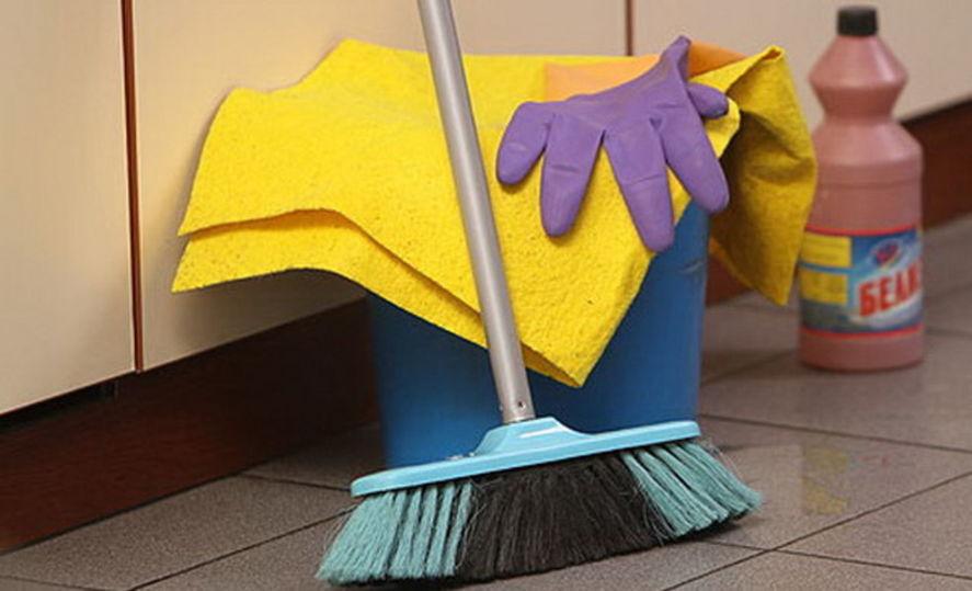 Смешные картинки с надписями про уборщицу