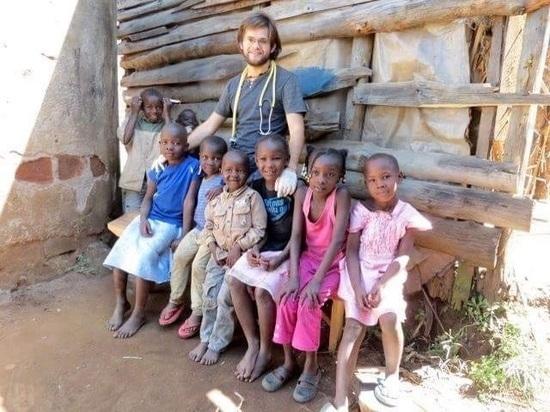 Врач-миссионер из Курска рассказал о работе в Африке