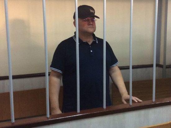 Дрыманов на аресте в суде повел себя вальяжно