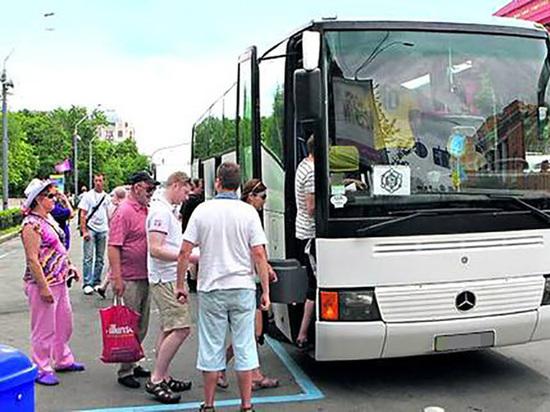 Двое иностранцев попытались уехать из Петербурга в Европу в багажнике автобуса
