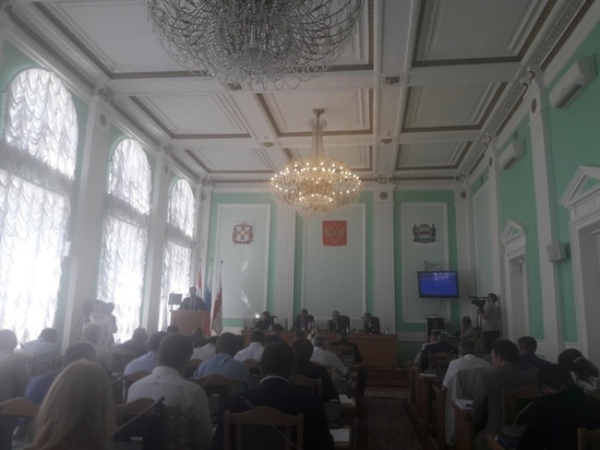 Без слов: омские депутаты отказались обсуждать пенсионную реформу