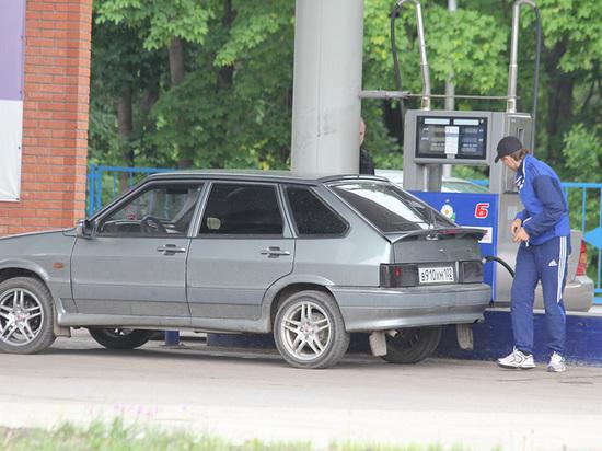 Гнев жителей Башкирии, ропщущих на цены на бензин, направили в сторону АЗС