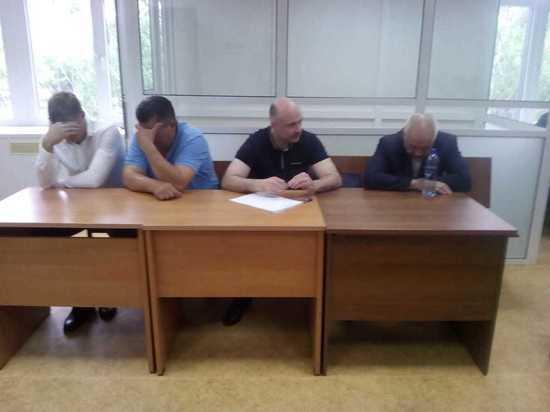 «Стали семьей»: как экс-начальник МУРа и ФСБшники отреагировали на приговор