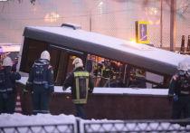 Водитель автобуса, задавившего людей в переходе, не признал вину