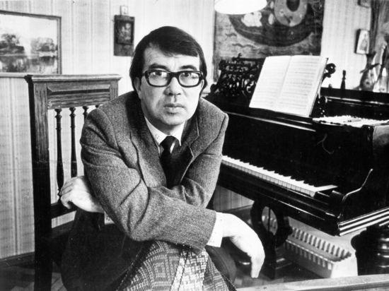Особая манера исполнения вологодского композитора принесла ему популярность