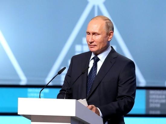 Владимир Путин утвердил звание «заслуженный журналист РФ»