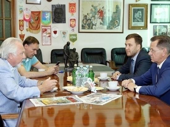 Губернатор Астраханской области Александр Жилкин дал интервью федеральному «МК»