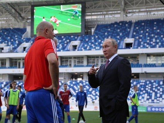 Путин с Черчесовым приехали на калининградский стадион