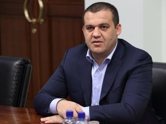 На бой Гассиев - Усик выделили три тысячи билетов малоимущим семьям