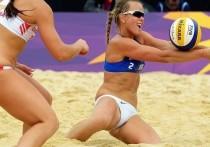 Архангелогородки взяли серебро международного турнира по пляжному волейболу
