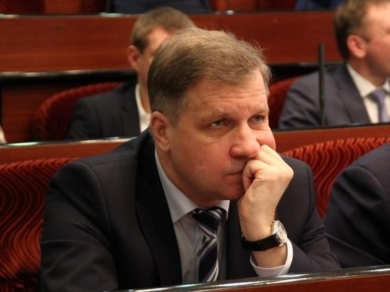 Стала известна судьба депутата Астапова, забывшего задекларировать имущество жены