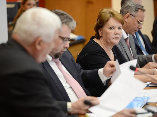 В Свердловской области сформировали Общественную палату из 42 человек