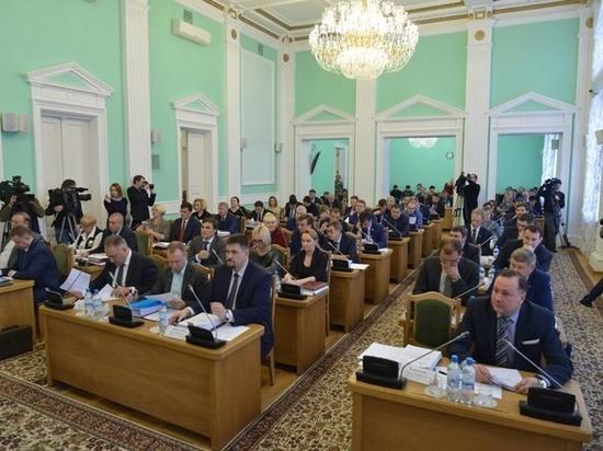 Блеск и нищета омского горсовета: самые богатые и самые бедные депутаты