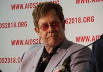 Элтон Джон окажет поддержу кузбасским геям и наркоманам в борьбе со СПИДом
