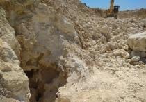 Древнюю пещеру под «Тавридой» сделали режимным объектом