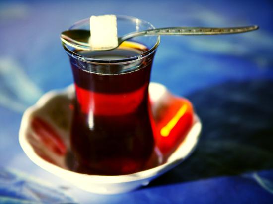 Чай с сахаром объявлен причиной слабоумия
