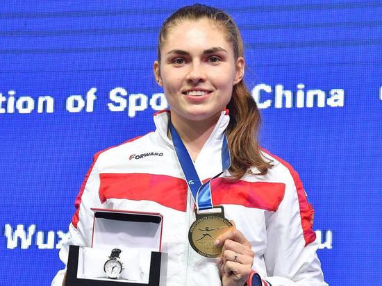 Фехтование, чемпионат мира: дочь президента ОКР Позднякова победила Великую