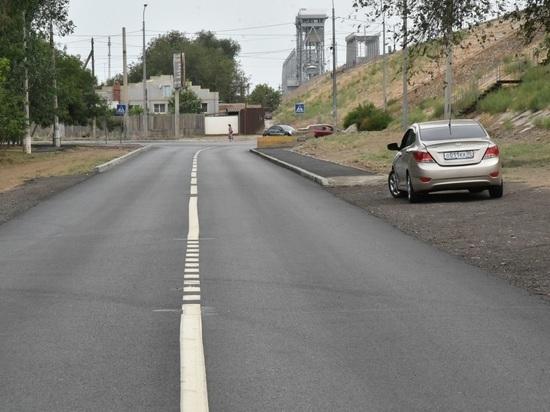 В Астрахани планируют отремонтировать еще больше дорог