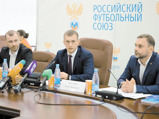 В РФС рассказали, сколько собираются платить Черчесову по новому контракту