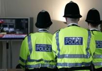 Сразу две девушки обратились в Шерифский суд Эдинбурга, когда обнаружили, что у их партнера, 35-летнего жителя Шотландии Карлоса Делакруза, нет полового органа