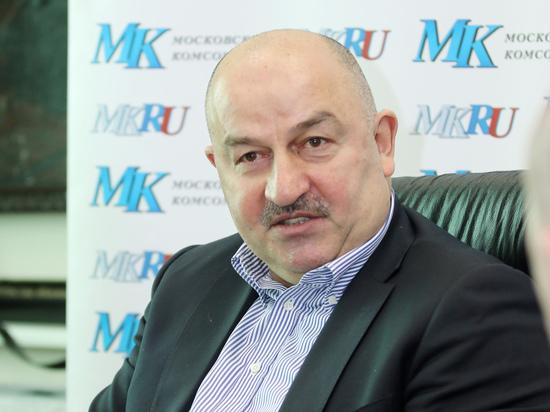 Черчесов прокомментировал официальное продление контракта со сборной России
