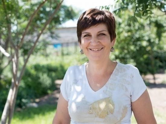 Медсестра из Волгоградской области мастерит из войлока валенки и босоножки
