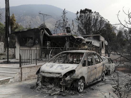 Спланированная стихия: причиной разрушительных пожаров в Греции назвали поджог